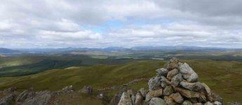 Snowdon-distant-from-Moel-L.jpg